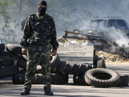 На в'їзді до Слов'янська силовики знищили блокпост сепаратистів