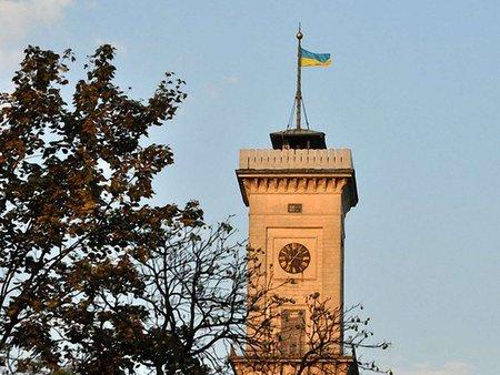 Відкриття вежі Ратуші перенесли на 15 травня
