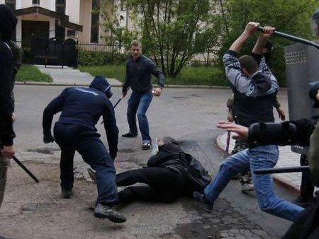 Міліція затримала 8 учасників сутички на мітингу в Донецьку