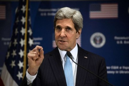 Керрі: ситуація в Україні є сигналом тривоги для НАТО