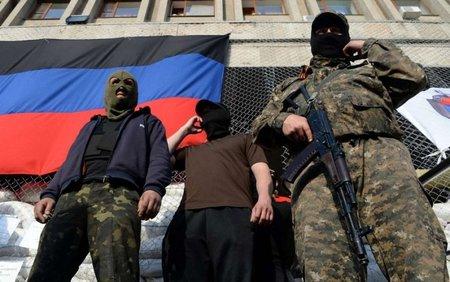 Бойовики захопили 13 адмінбудівель на Донбасі