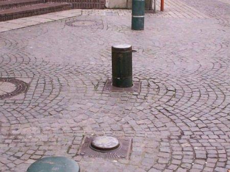 У Львові карета швидкої пошкодила болард