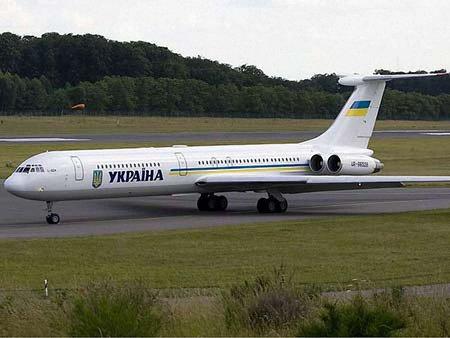 Кабмін вирішив продати шість урядових літаків