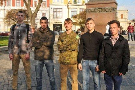 За подвиги на Інститутській п'ятеро львів'ян отримали Орден святого Юрія