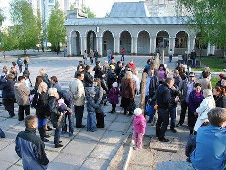 На Сихові мешканці протестують проти будівництва у сквері