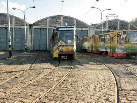 У львівському трамваю знайшли 9 пістолетів Макарова