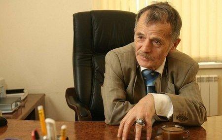 Джемілєв позиватиметься в Євросуд через заборону на в'їзд у Крим