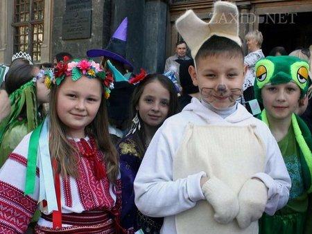 У Львові Дитяче свято казок перенесли на осінь