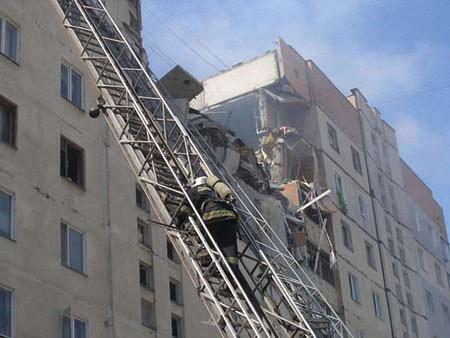 Кількість жертв вибуху у Миколаєві зросла до чотирьох