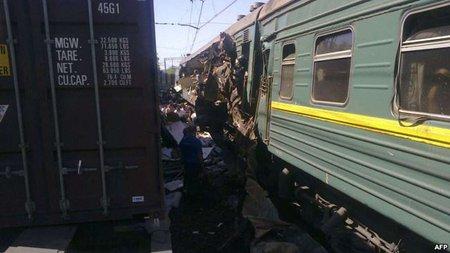 Вантажний потяг, який під Москвою зіткнувся із пасажирським, належить Україні