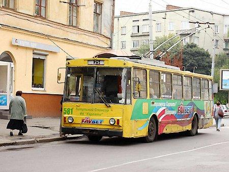 «Львівелектротранс» шукає водіїв тролейбусів