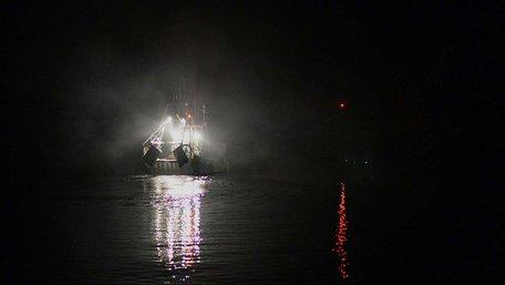 Біля берегів Камчатки затонув траулер з українцями на борту