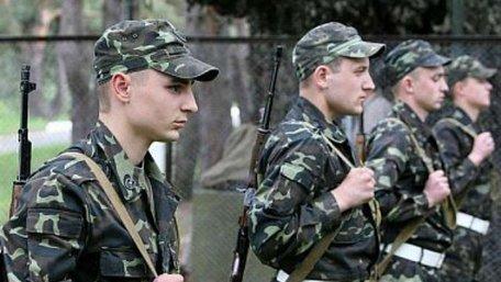 Парламент звільнив від військової служби аспірантів та студентів денної форми навчання