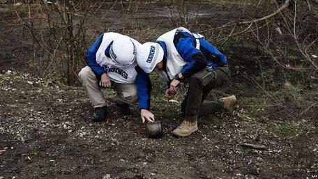В ОБСЄ підтвердили відведення ЗСУ зброї в п'яти визначених мінськими угодами місцях