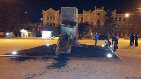 Знесення пам'ятників комуністичним вождям у Харкові класифікували як хуліганство