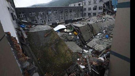 В Китаї обрушилась взуттєва фабрика, 9 людей загинули