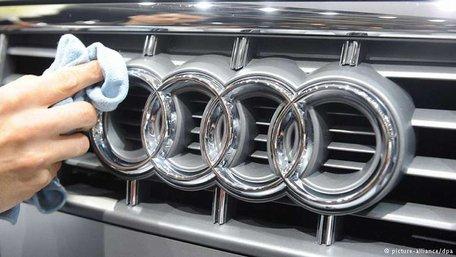 На відео стрілянини у Мукачевому чеська поліція упізнала вкрадений автомобіль