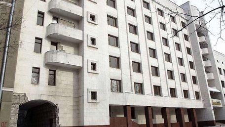 Аваков хоче повернути ₴41 млн від Харківської облради за знесений Кернесом готель