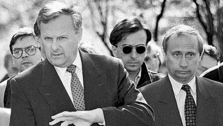Американські спецслужби спостерігали за Путіним понад 20 років