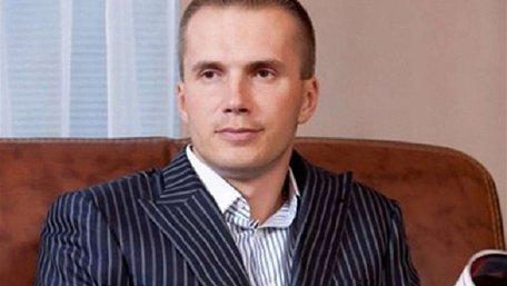 Син Януковича вимагає компенсації через визнання його банку неплатоспроможним