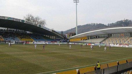 Збірна Словенії прийматиме Україну на стадіоні, який вміщує 13 тис. глядачів