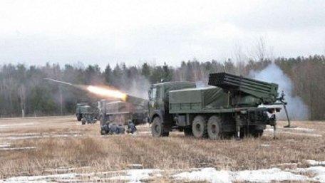 Білорусь розпочала великі ракетні та артилерійські навчання поблизу кордону з Україною