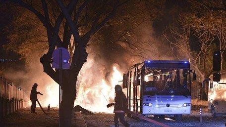 14 осіб, підозрюваних у вчиненні теракту в Анкарі, заарештовано