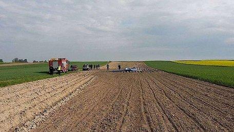 У Польщі поблизу кордону з Львівщиною знайшли тіло людини біля розбитого дельтаплана