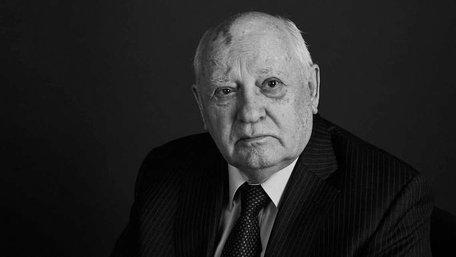 Горбачов запевняє, що на місці Путіна теж «возз'єднав» би Крим з Росією