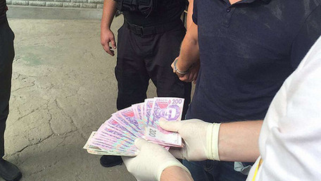 На Одещині затримали інспектора поліції за хабарництво