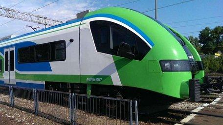 Польська залізниця запустить потяг з Перемишля до кордону з Україною