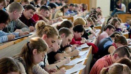 Мінфін пропонує зробити навчання на магістратурі виключно платним