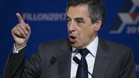 На президентських праймеріз правоцентристів у Франції переміг прихильник Путіна