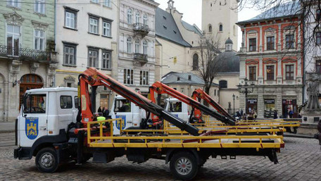 За три дні у Львові 20 авто забрали на арештмайданчик