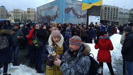 На Майдані Незалежності у Києві влаштували акцію проти «маршів Саакашвілі»