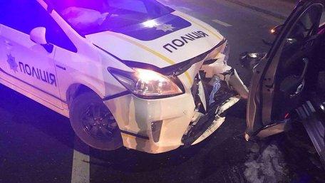 Через погоню за нетверезим водієм у ДТП біля Львова постраждали двоє поліцейських