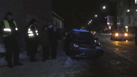 На Рівненщині поліцейські з стріляниною затримали п'яного порушника