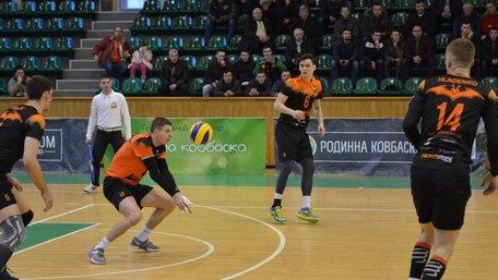 Волейбольні «Кажани» у Харкові здобули перемогу над «Юракадемією»