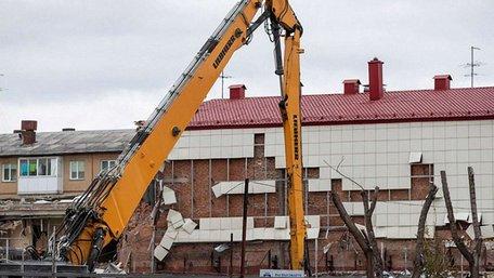 У російському Кемерові почали зносити ТЦ «Зимова вишня», де в березні загинула 41 дитина
