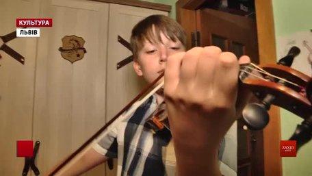 13-річний скрипаль зі Львова повернувся з конкурсу в Італії з нагородою за друге місце
