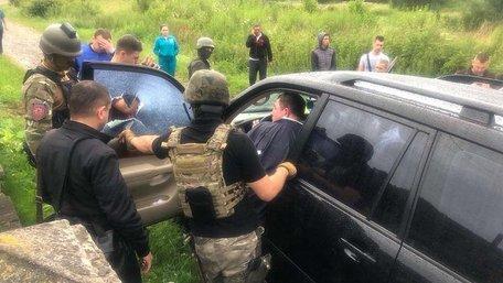 Скандального мера Сколе Володимира Москаля вдруге затримали на хабарі
