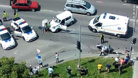 Внаслідок зіткнення з автомобілем у Львові загинув пасажир мотоцикла