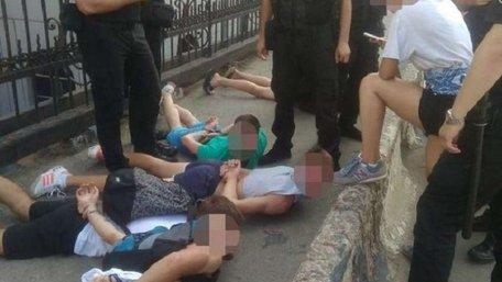 В Одесі перед матчем «Шахтар» – «Динамо» побилися вболівальники