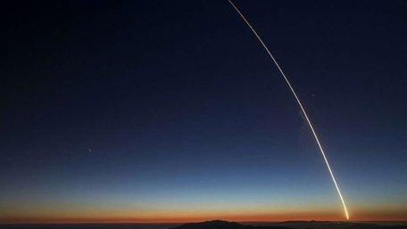 Компанії Ілона Маска дозволили запустити 12 тисяч супутників для роздачі інтернету