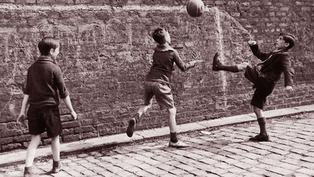 Український «вуличний футбол» і його наслідки для дидактики та науки