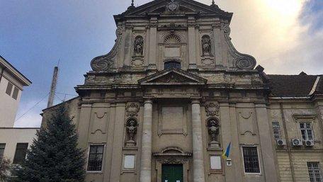 Храм у центрі Львова залишився без священиків