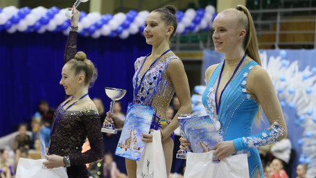 Львів'янка Анастасія Пугач перемогла на турнірі з художньої гімнастики «Зимова казка»