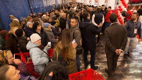 У Львові відкрився уже третій гіпермаркет «Ашан». Перші фото зсередини