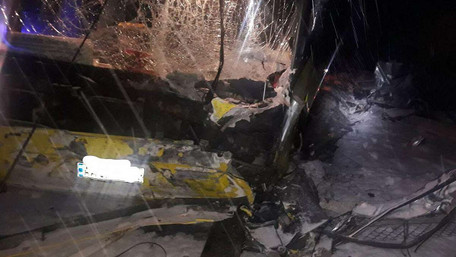 Внаслідок ДТП за участі рейсового автобуса у селищі Івано-Франкове загинули чотири людини