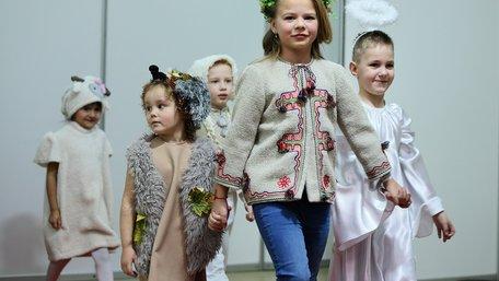 Діти-сироти у Палаці мистецтв презентували колекцію дитячого одягу